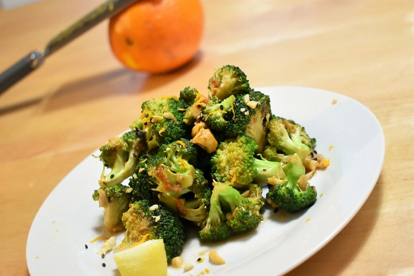 Brócoli al wok con cítricos y picante